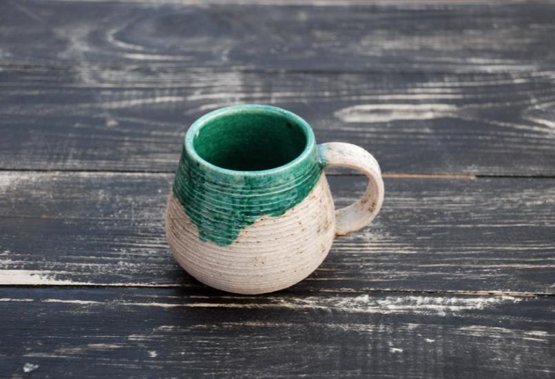 Керамическая глиняная чашка ручной работы